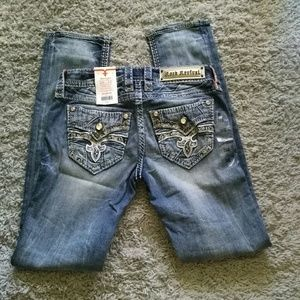 NWT Rock Revival Barbila -Straight Leg Jeans - 26
